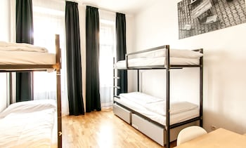 2 Beds in 4-Bed Mixed Dormitory