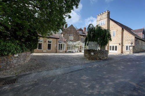 . The Grange at Oborne