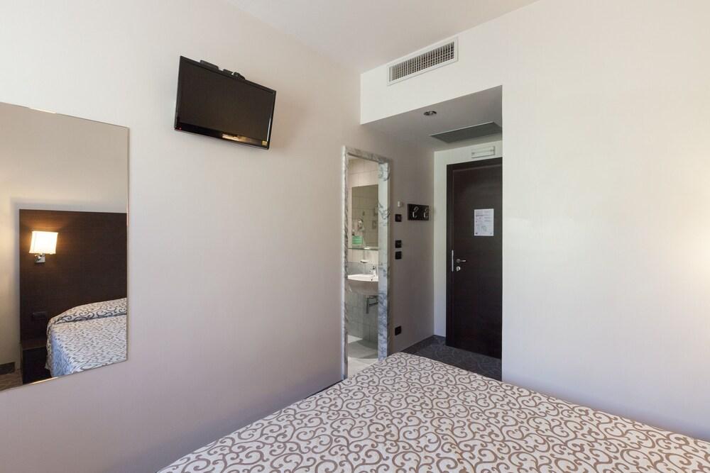 호텔 보노토(Hotel Bonotto) Hotel Image 6 - Guestroom
