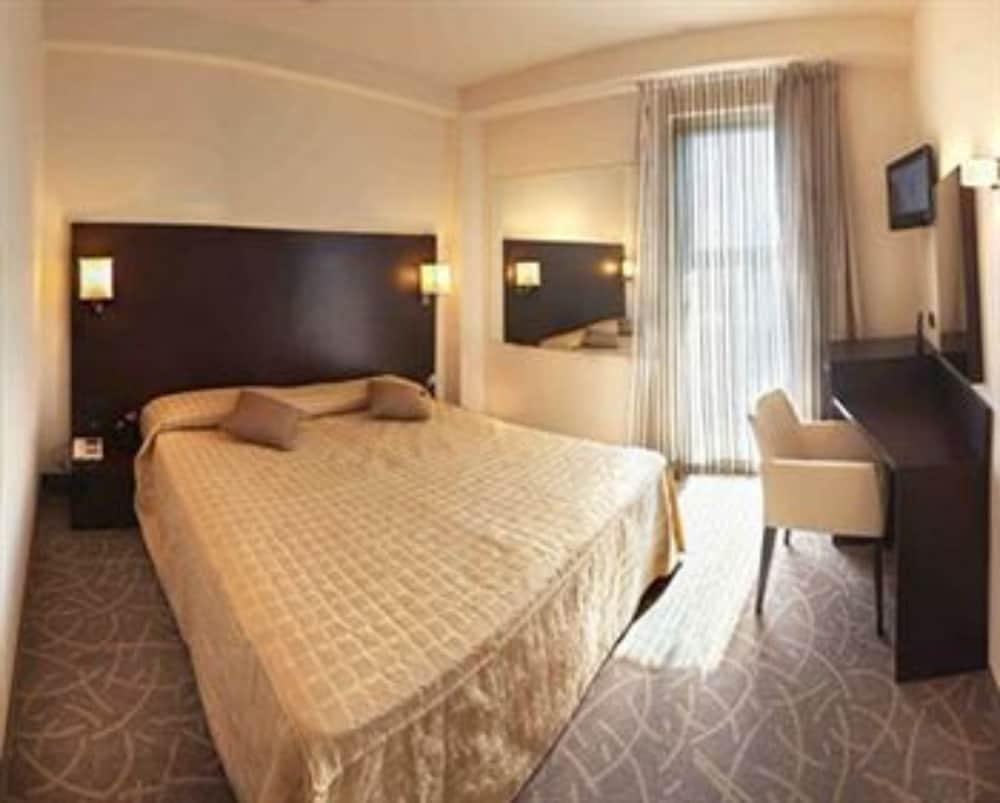 호텔 보노토(Hotel Bonotto) Hotel Image 11 - Guestroom