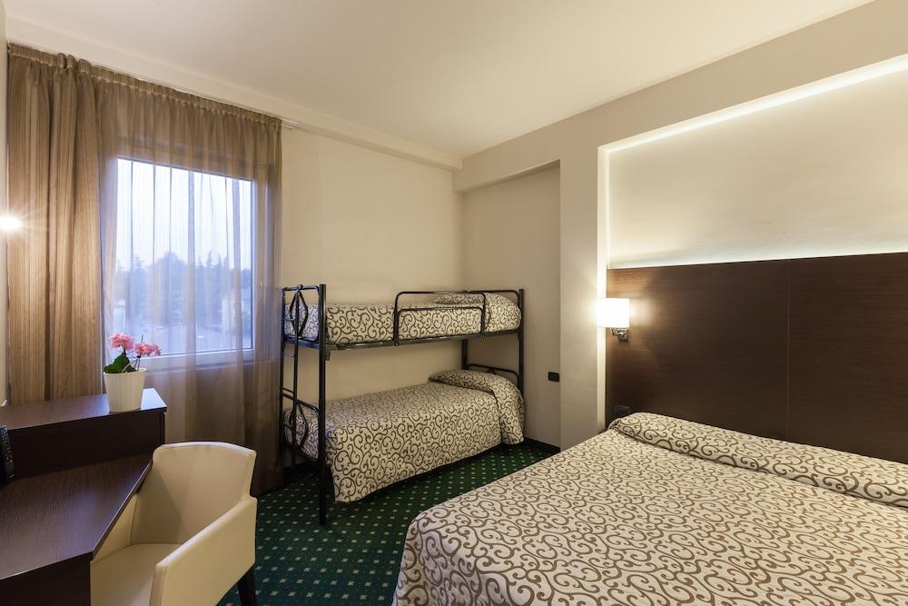 호텔 보노토(Hotel Bonotto) Hotel Image 7 - Guestroom