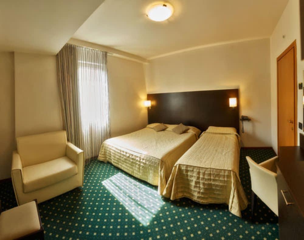 호텔 보노토(Hotel Bonotto) Hotel Image 13 - Guestroom