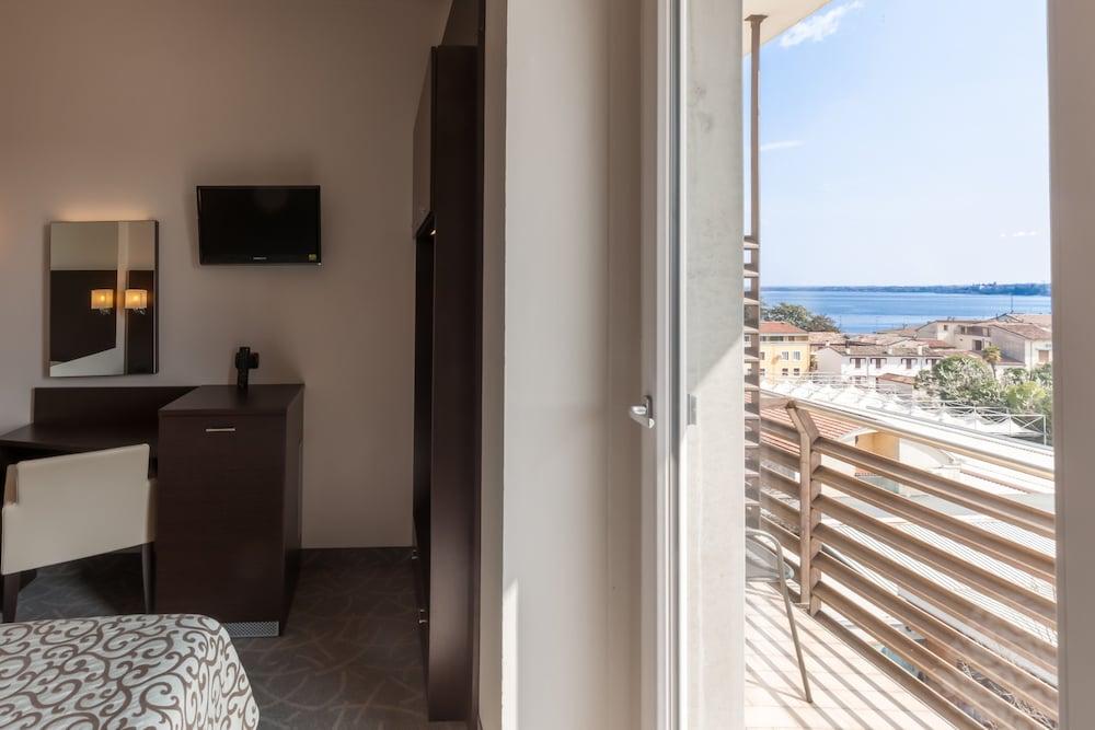 호텔 보노토(Hotel Bonotto) Hotel Image 17 - Guestroom View