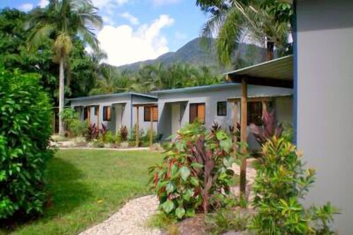 White Rock Leisure Park, Cairns - Trinity