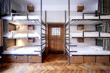 2 beds in 12 bed dorm