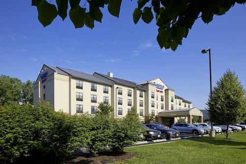 . Fairfield Inn & Suites by Marriott Cumberland