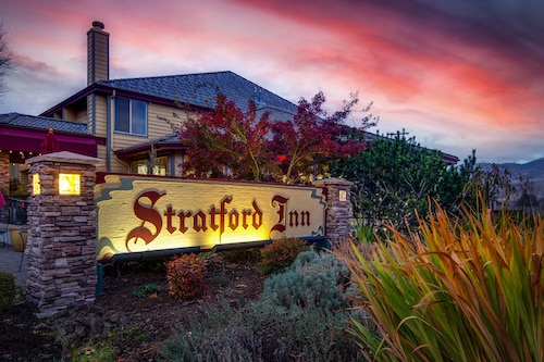 . Stratford Inn
