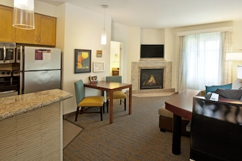 Suite, 1 Bedroom, Fireplace