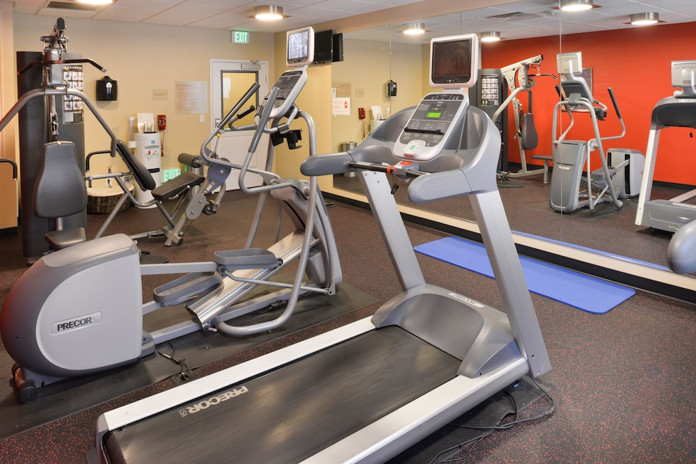 Health and Fitness : Gym 21 of 88