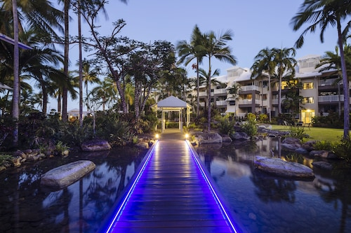 Coral Sands Resort, Cairns - Northern Suburbs