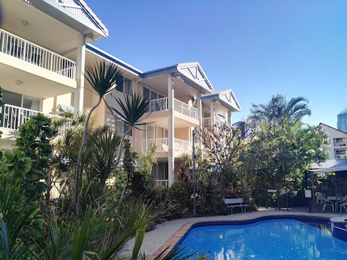 Surfers Beach Holiday Apartments, Surfers Paradise