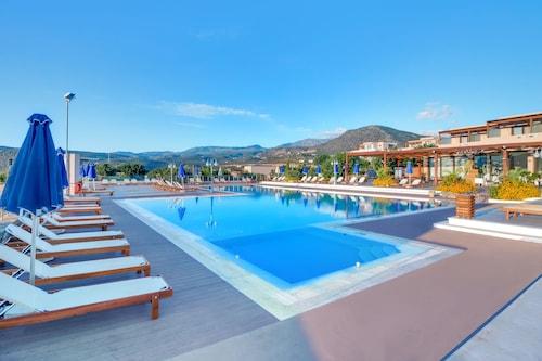 . Miramare Resort & Spa