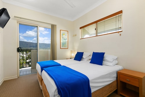 Bellevue At Trinity Beach, Cairns - Northern Suburbs
