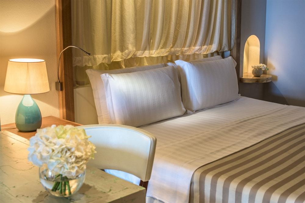 치아 라구나 - 호텔 라구나(Chia Laguna - Hotel Laguna) Hotel Image 11 - Guestroom
