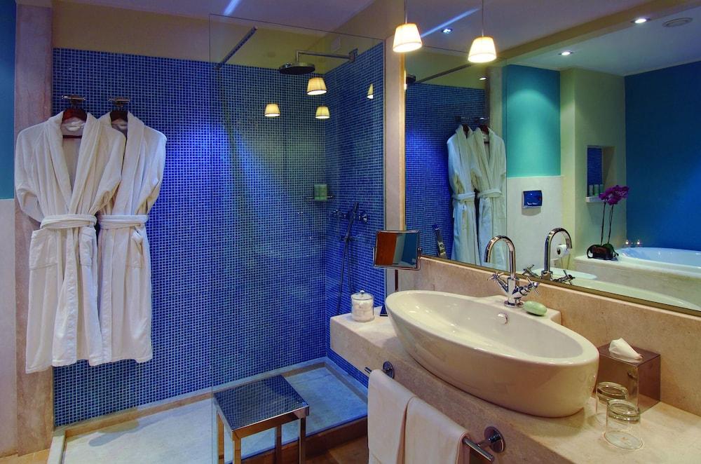 치아 라구나 - 호텔 라구나(Chia Laguna - Hotel Laguna) Hotel Image 8 - Bathroom