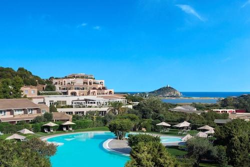 __{offers.Best_flights}__ Chia Laguna - Hotel Laguna
