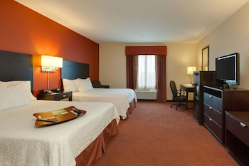 Room, 2 Queen Beds, Accessible, Bathtub (Mobility & Hearing)