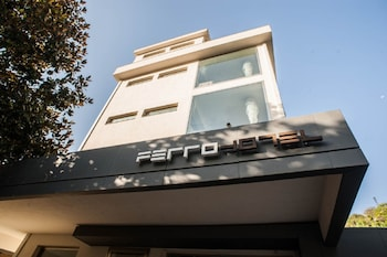 Hotel - FerroHotel