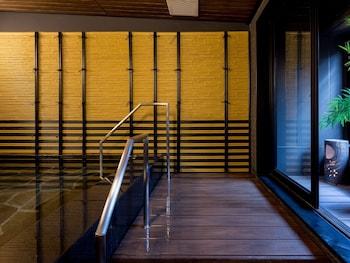 APA HOTEL OKAYAMA-EKIMAE Outdoor Spa Tub