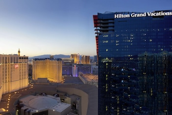 Elara by Hilton Grand Vacations - Center Strip Image