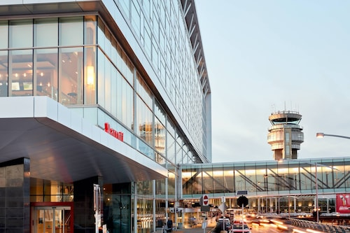 . Montreal Airport Marriott In-Terminal Hotel