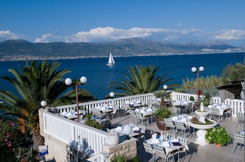 Hotel - Hotel Vila Tina
