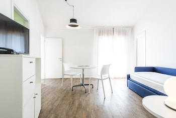 Apartment, 1 Bedroom, Lake View