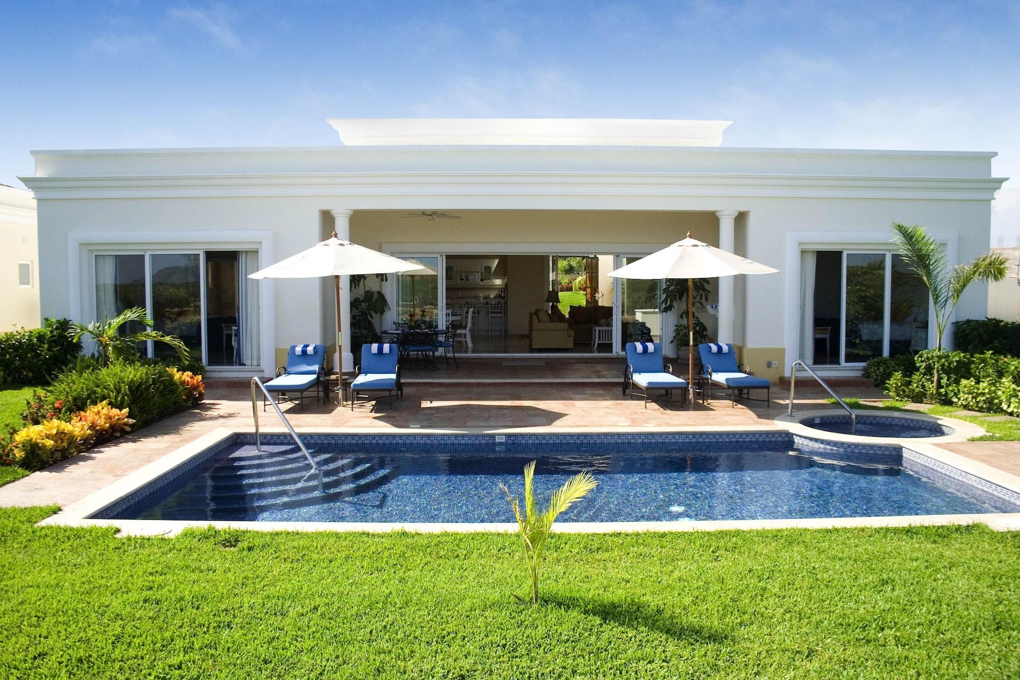 Pueblo Bonito Emerald Luxury Villas & Spa - All Inclusive, Mazatlán
