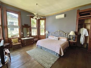 Superior Room, Private Bathroom (Jasmine's Garden)