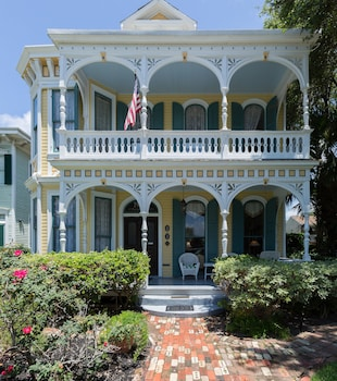 Hotel - Coppersmith Inn Bed and Breakfast