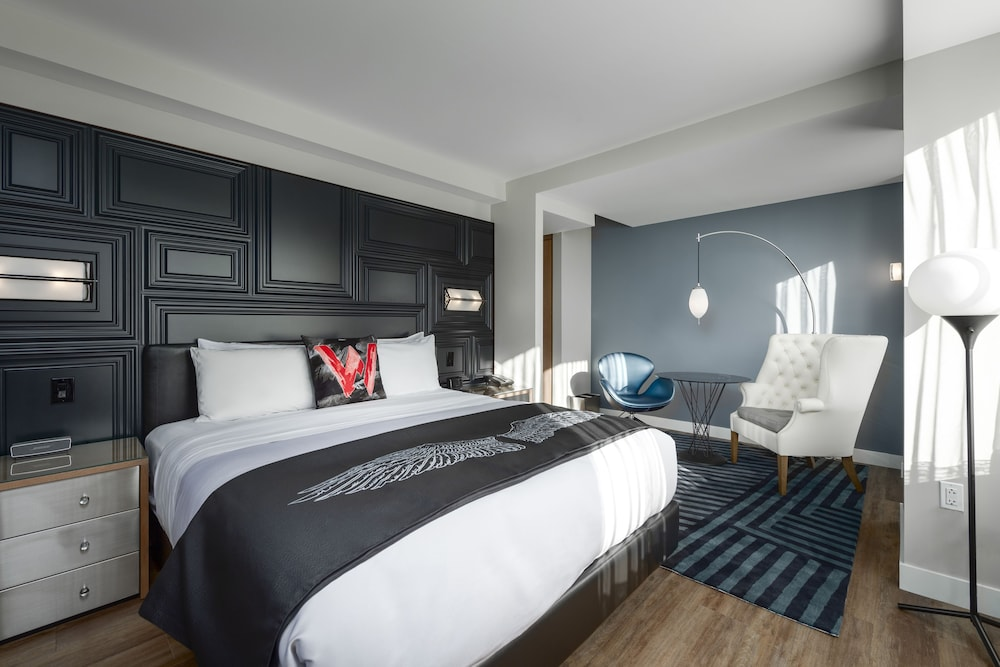 W Boston, a Marriott Hotel, Suffolk