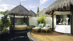 Pool Beach Villa With Separate Living.