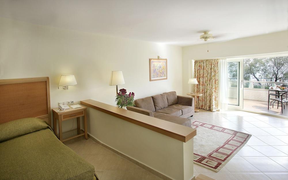 테오파노 임페리얼 팰리스(Theophano Imperial Palace) Hotel Image 26 - Living Area