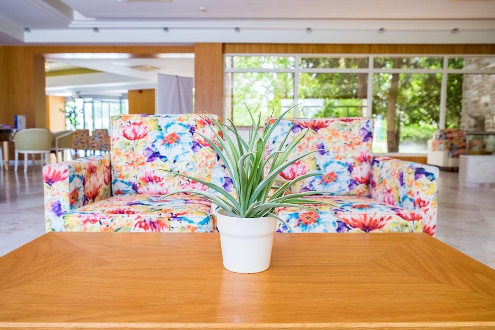 테오파노 임페리얼 팰리스(Theophano Imperial Palace) Hotel Image 3 - Lobby Lounge