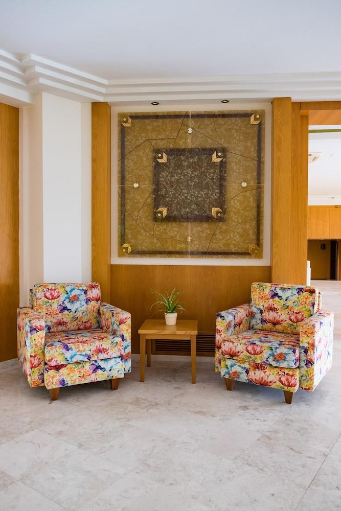 테오파노 임페리얼 팰리스(Theophano Imperial Palace) Hotel Image 5 - Lobby Lounge