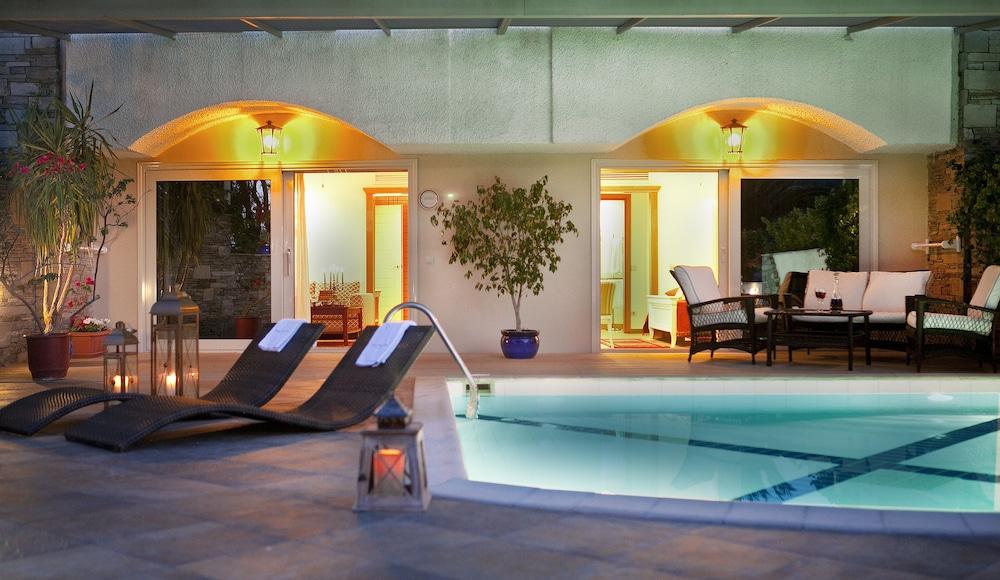 테오파노 임페리얼 팰리스(Theophano Imperial Palace) Hotel Image 32 - Terrace/Patio