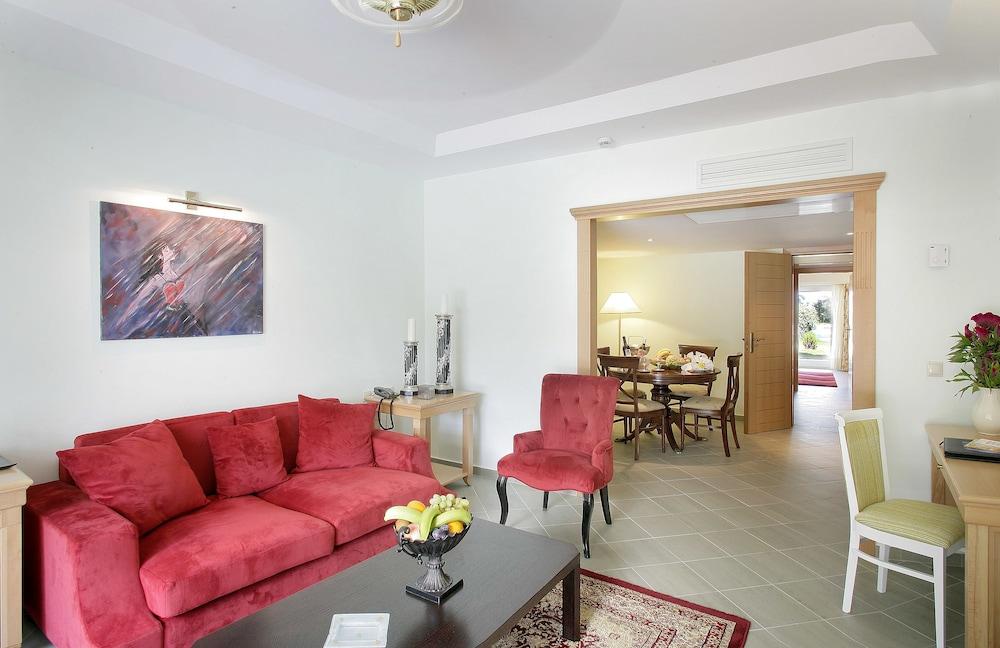 테오파노 임페리얼 팰리스(Theophano Imperial Palace) Hotel Image 29 - Living Room