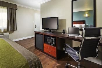 Guestroom at American Inn in Downey