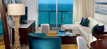 One-Bedroom Ocean Front Suite