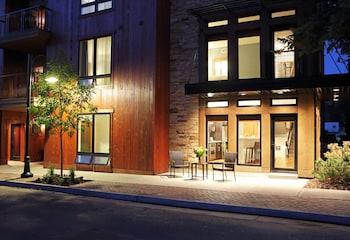 Miller Park Penthouse