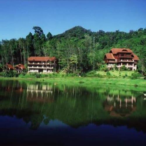 . Kuraburi Greenview Resort