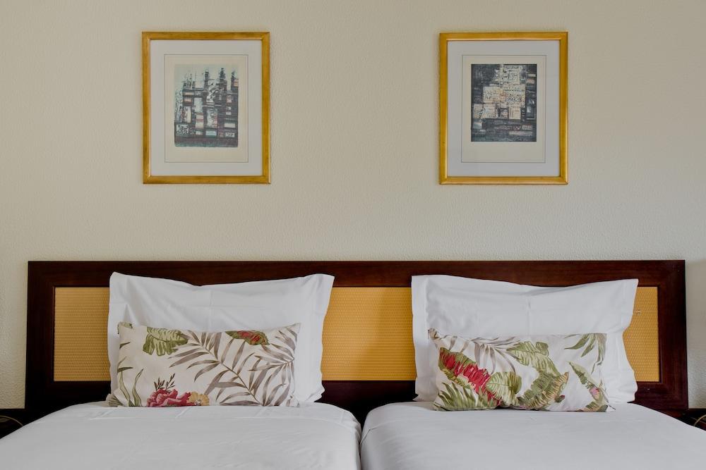 호텔 D. 루이스(Hotel D. Luís) Hotel Image 9 - Guestroom