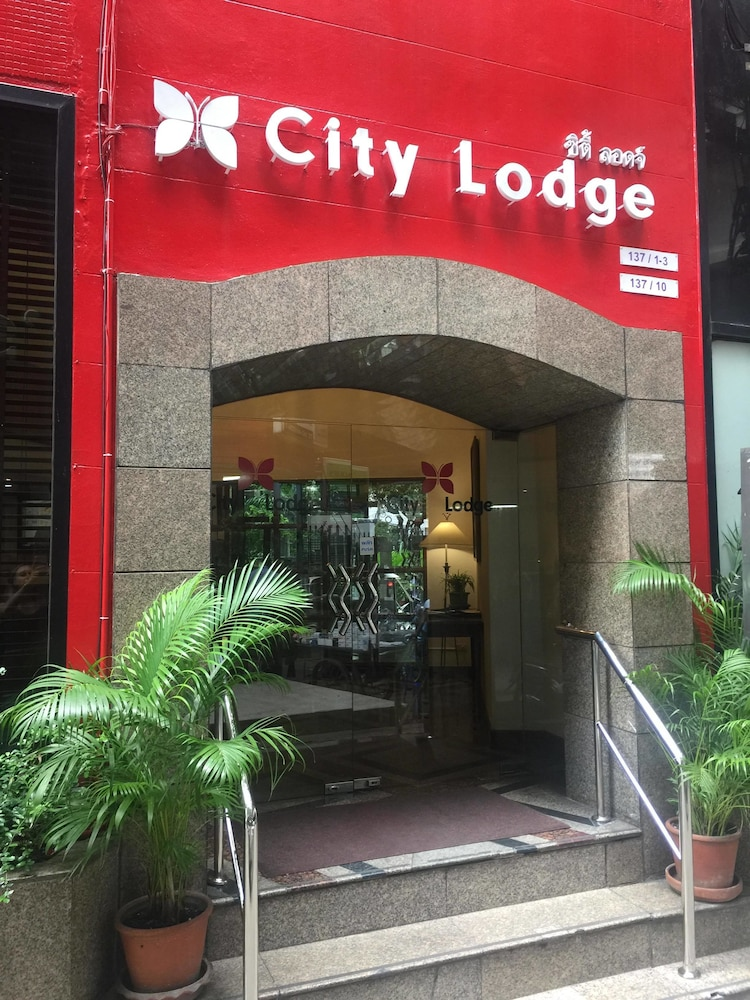 시티 로지 소이 9(City Lodge Soi 9) Hotel Image 38 - Hotel Front