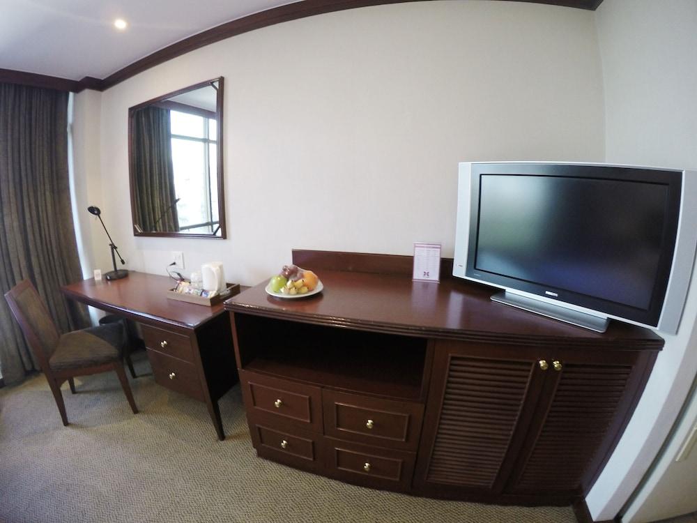 시티 로지 소이 9(City Lodge Soi 9) Hotel Image 26 - In-Room Amenity