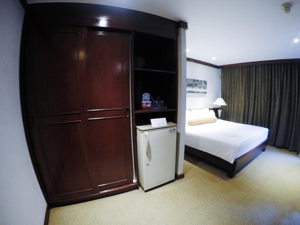 시티 로지 소이 9(City Lodge Soi 9) Hotel Image 11 - Guestroom