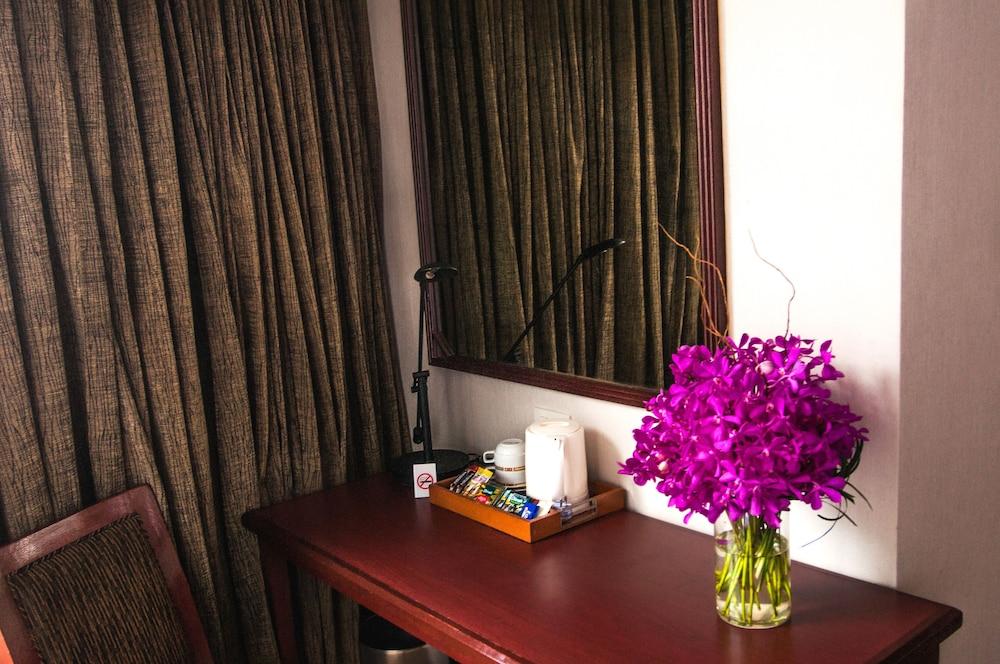 시티 로지 소이 9(City Lodge Soi 9) Hotel Image 21 - Guestroom