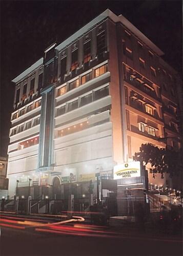 . Vishwaratna Hotel