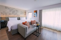 Junior Suite, 1 Double or 2 Twin Beds, City View
