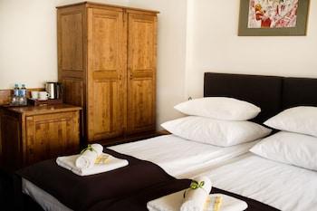 Hotel Eden - Featured Image  - #0