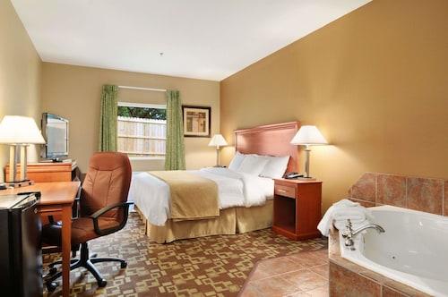 Days Inn & Suites by Wyndham Cabot, Lonoke